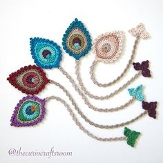 Happy Tuesday to all of you I've just listed all kinds of Peacock Feather bookm. - Happy Tuesday to all of you I've just listed all kinds of Peacock Feather bookmarks in the Gifts - Crochet Bookmark Pattern, Crochet Bookmarks, Crochet Flower Patterns, Crochet Books, Crochet Gifts, Crochet Motif, Diy Crochet, Crochet Designs, Crochet Doilies