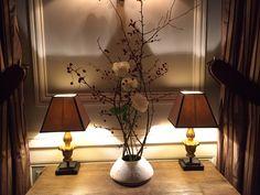 Composition Ikebana décorant l'un des salons de notre Restaurant