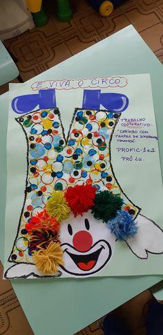 Mardi Gras, Clown Mask, Preschool Art, Summer Activities, Christmas Stockings, Crafts For Kids, Snoopy, Education, Holiday Decor