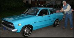 Old rockin' Datsun with Jay Leno. Datsun 210, Car Colors, Vintage Cars, Old School, Nissan, Japan, Memories, Retro, Classic