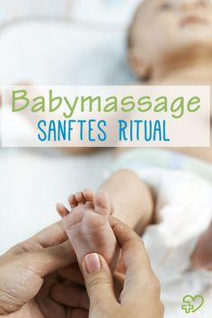 Mom checks reflex child moving her fingers on foot Instructions for a simple baby massage! Baby Massage, Massage Bebe, Massage Art, Baby Co, Mom And Baby, Baby Baby, Child Baby, Baby Zimmer, Baby Skin Care