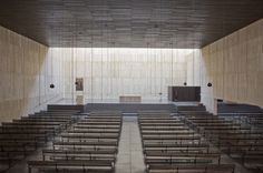 Iglesia San Jorge / Tabuenca & Leache