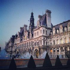 """See 2323 photos and 44 tips from 11926 visitors to Hôtel de Ville de Paris. """"The Hotel de Ville is the City Hall of Paris, holding many intricate. Paris France, Paris Itinerary, Romantic Paris, Grand Paris, Belle Villa, Paris Ville, Paris City, Versailles, New York City"""
