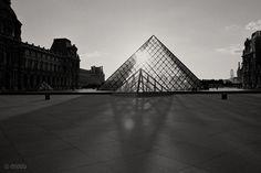 Paris Mon Amour by Tomek Jankowski, via Behance