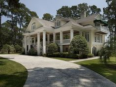 Savannah Estate Rental: 6-9 Br 9.5 Bath Waterfront Estate At Plantation Landing, Savannah | HomeAway Luxury Rentals