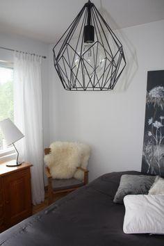 Makuuhuone Ceiling Lights, Interiors, Home Decor, Decoration Home, Room Decor, Ceiling Lamp, Decorating, Ceiling Fixtures, Interior Decorating