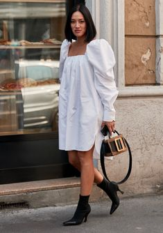 8 Street Style Trends We Spotted at Fashion Week to Copy STAT - theFashionSpot Street Style Trends, Spring Street Style, Oversized Dress, Look Vintage, Glamour, Fashion Outfits, Fashion Trends, Milan Fashion, Ideias Fashion