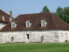 Bâtiments, porte de la Saline royale (1774-1779) d'Arc-et-Senans - Ledoux