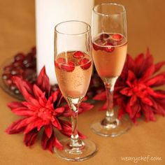 Cranberry Mimosa, so fun and festive! #holiday #cocktail