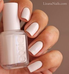 Essie, Blanc. Don't like plain white nails like this. Would rather use it for French manicures or some awesome nail art.