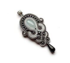 soutache pendant onyx art deco STORM Necklace pendant statement necklace chalcedony grey black friday pendentif bijoux boucles d'oreilles
