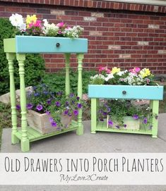 Today I am sharing a repurposed project, old drawers into porch planters. I have seen drawers used for planters several times and l… - All About Gardens Dog Crate Table, Dog Crate Furniture, Garden Furniture, Repurposed Furniture, Furniture Ideas, Refurbished Furniture, Furniture Refinishing, Furniture Redo, Repurposed Wood