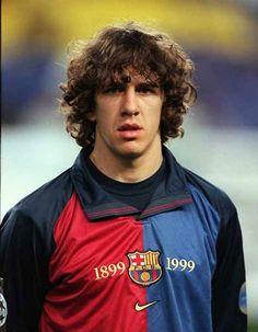 1999: El año del debut de Carles Puyol | La trayectoria de Carles Puyol con el Barcelona