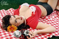 picnic Attractive Pin-Up Photography  http://www.designyourway.net/blog/inspiration/attractive-pin-up-photography-40-examples/#