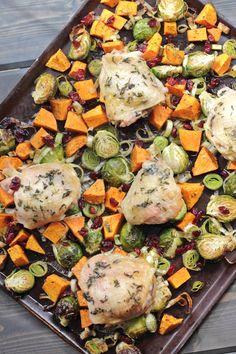 Paleo, Whole30 approved Autumn Roasted Veggie Sheet Pan Chicken with Craisins is the ultimate healthy, comfort-food fall dinner. Only 30 minutes!