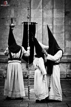 SIlence brotherhood. Holy Week. Zamora. Spain