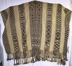 Mapuche Poncho, Chile, c 1950 Weaving Textiles, Weaving Patterns, Gaucho, Folk Costume, Fashion Sewing, Handmade Clothes, Modest Dresses, Clothing Patterns, Print Patterns