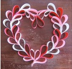 Valentine crafts for kids - Hearts 60 and more tutorials Used toilet paper rolls day wreath for kids 25 Easy Paper Heart Projects Kids Crafts, Valentine Crafts For Kids, Be My Valentine, Holiday Crafts, Valentine Ideas, Valentine Hearts, Homemade Valentines, Valentine Colors, Valentine Gifts