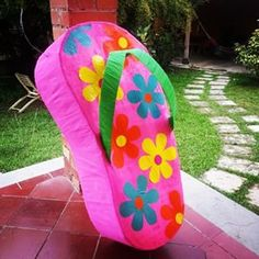 #cholitaplayera #hawaianflipflop #hawaii ##fiestatematica #fiestaplayera #diversionparatodos #pinatartistica #piñatas #hechoenvenezuela #piñatasartisticas