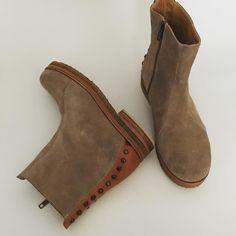 Básicos de otoño / invierno 2016! 🍂❄️100% cuero vacuno / 100% leather #zapatos…