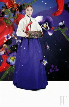Four Seasons. from Fashion Magazine 'W Korea' December, Korean Traditional Dress, Traditional Dresses, Korea Dress, Modern Hanbok, Korean Outfits, Korean Clothes, Asian Fashion, W Korea, Vogue