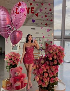 February 17 2020 at fashion-inspo Birthday Goals, 20th Birthday, Girl Birthday, Birthday Girl Pictures, Birthday Photos, Photoshoot Themes, Pretty Lingerie, Birthday Decorations, Cute Gifts