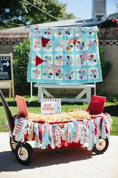 {Party Feature} Vintage Country Fair Party! Really like the idea of using a quilt in decor