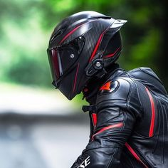 Dainese is the Best! Agv Helmets, Biker Helmets, Racing Helmets, Custom Motorcycle Helmets, Custom Motorcycles, Scooter Motorcycle, Motorcycle Style, Motorcycle Jacket, Ducati
