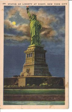 Statue Of Liberty At Night New York City 1940 - Bedloes Island - Worlds Fair
