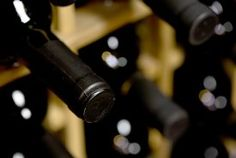 bouteilles de vins stockées