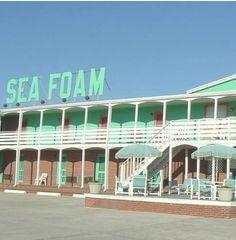 sea foam. @Margaux Perrier can we go?