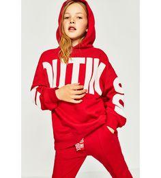 30 ideas for sweatshirt kids zara Kids Dress Wear, Kids Wear, Cute Girl Outfits, Kids Outfits, Boys Hoodies, Sweatshirts, Kid Poses, Dresses With Leggings, Kind Mode