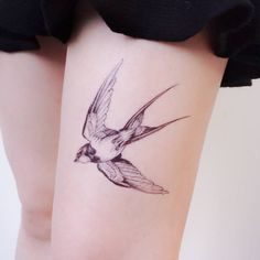 70 Best Ideas Small Bird Tattoo With Quote Beautiful Bohemian Tattoo, Boho Tattoos, Fake Tattoos, Nature Tattoos, Trendy Tattoos, Swallow Bird Tattoos, Tattoo Bird, Barn Swallow Tattoo, Tattoo Animal