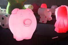 Peggy:  lámpara y escultura / Post by Inou Mobiliario
