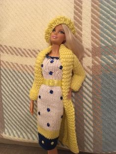 hand knitted barbie doll clothes / Outfit #Crochetdollclothes