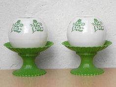 Pair Green & White Globe Floral Dresser Lamps