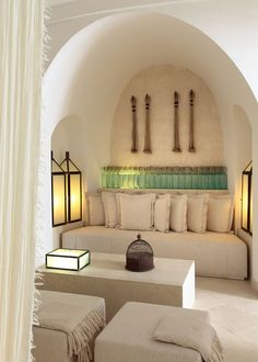 Ideas about Home Design for Contemporary chic all in white color scheme with a hint of mint green decor. Photo by Menossi. Moroccan Design, Moroccan Style, Modern Moroccan Decor, Mint Green Decor, Green Accents, Interior And Exterior, Interior Design, Living Spaces, Living Room