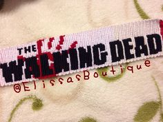 The Walking Dead friendship bracelet pattern number 9435 - For more patterns and tutorials visit our web or the app!
