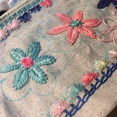 #파우치#도안#프랑스자수 #송도신도시 #자수수강 #소품판매 #송도카페 #일일특강 #코티지 #힐스테이트302동 #카페 #embroidery #hadecrafted #stitch #decoration #gift #handmade #pouch