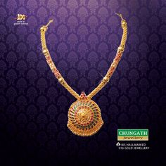 How many of you are like this traditional design #Necklace from Chungath Jewellery. www.chungathjewellery.com