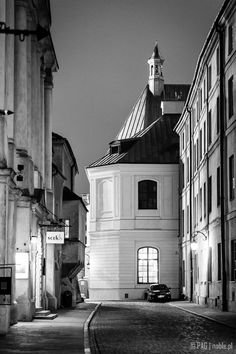 Jezuicka str, Old Town in Warsaw, Poland