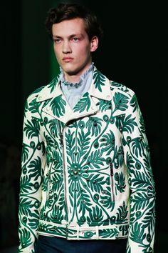 "forlikeminded: ""  Gucci | Spring 2017 | Menswear """