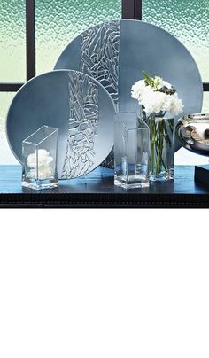 Blue Vases, Jars & Bowls, Unique Inspiring Designs, Beautiful Decorating Ideas, inspire your friends and followers interested in luxury interior design, with new trending furniture, home decor and accessories, from Hollywood. Inc Bedroom & Living Room Furniture, Lighting, Wall Mirrors, Home Accessories & Gift Ideas. Over 3,500 inspirations to choose from to share and inspire with our one easy 1 Click Pinterest Pin Button enjoy & happy pinning