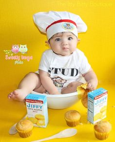 Also would be an epic baby photo shoot :) Stud Muffin Baby Boy Onesie - Toddler Tee also available. $17.00, via Etsy.