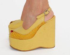 I love these! Women's vintage 70's hippie boho fashion footwear platform shoes sandals