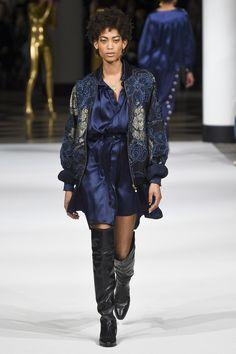 http://www.vogue.com/fashion-shows/fall-2017-ready-to-wear/alexis-mabille/slideshow/collection