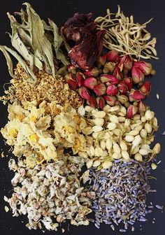 Herbal flower teas : chrysanthemum  jasmine, rose, lavender, roselle, apple flower, osmanthus and honeysuckle