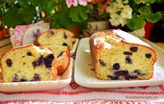 Chec umed cu iaurt și afine aromat cu lămâie Sweet Bread, Cheesecakes, Muffin, Pudding, Sweets, Breakfast, Healthy, Desserts, Food