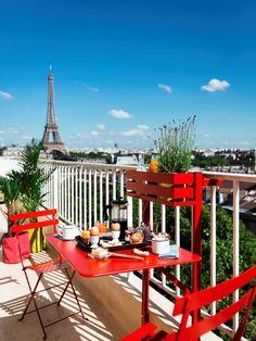 Salons et meubles de balcon: notre shopping malin - Marie Claire Outdoor Lounge, Outdoor Dining Set, Outdoor Rooms, Outdoor Living, Dining Sets, Balcony Furniture, Home Decor Furniture, Outdoor Furniture Sets, Bistro