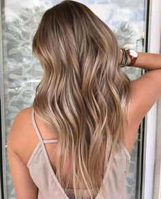 Side Swept Waves for Ash Blonde Hair - 50 Light Brown Hair Color Ideas with Highlights and Lowlights - The Trending Hairstyle Blonde Hair Looks, Brown Blonde Hair, Light Brown Hair, Brunette Hair, Ashy Blonde, Brown Hair Balayage, Blonde Hair With Highlights, Bronde Balayage, Natural Highlights